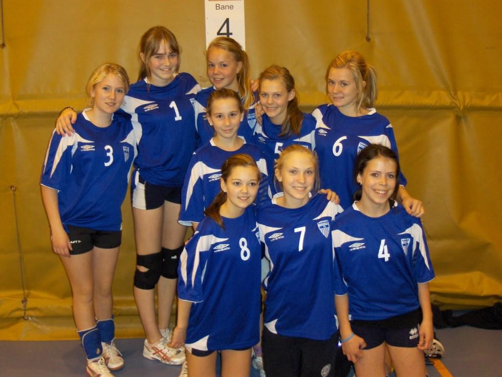 I 2008 var Kristin i gang som trener for sin yngste datter Heidi (nr. 1).
