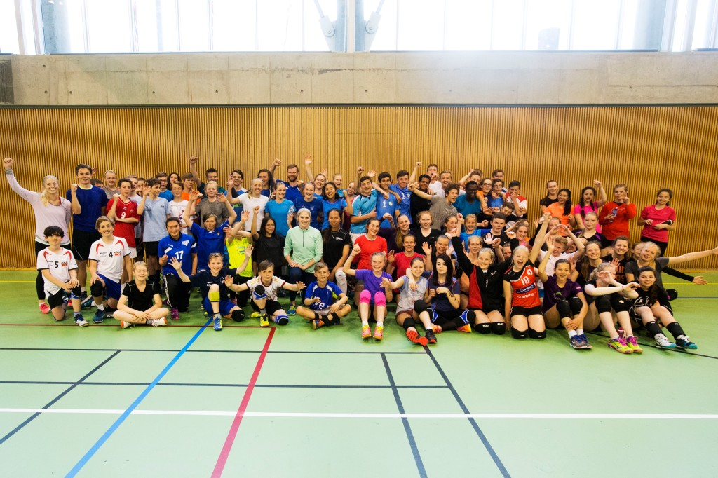 Mari Aase Hole i sentrum for 100 volleyballinteresserte i Region Øst